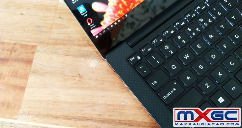 man-hinh-dell-xps-9350-i7-3k-touch