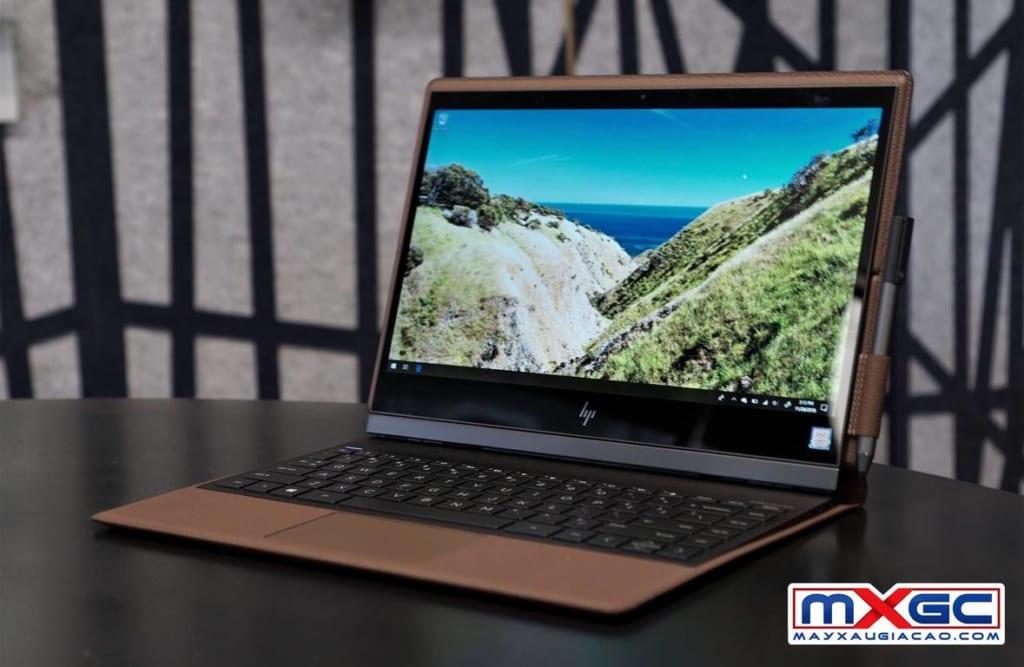 HP Spectre Folio 13 Convertible biến thành laptop